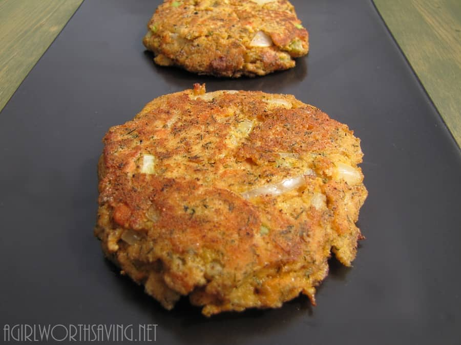 Paleo Salmon Cakes With Canned Salmon